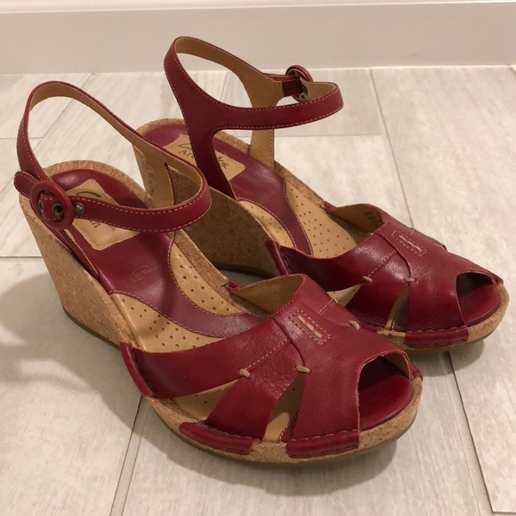 64203bc73b1d4 Clarks Shoes - Clarks artisan alameda wedge red